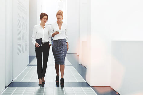 Employees using a business VoIP provider can forward calls to coworkers when on-the-go.